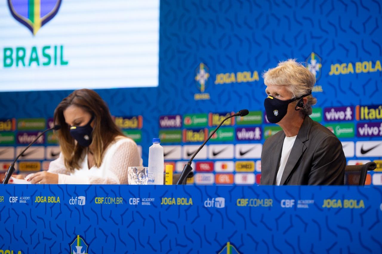 Pia Sundhage convoca Seleção Brasileira para amistosos contra a Argentina em setembro
