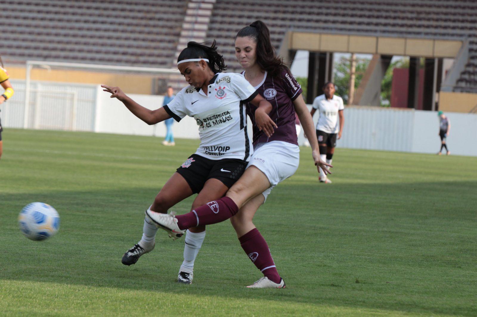 Nos pênaltis, Corinthians vence a Ferroviária e avança à final do Campeonato Brasileiro sub-18